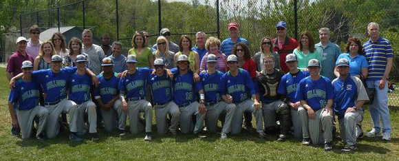 VarsityBaseballwParents2014-05 2