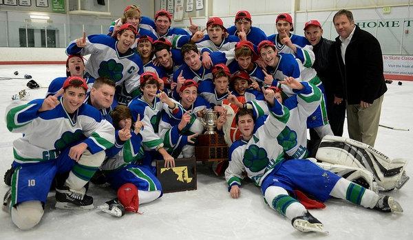 hockeystatechampions2013-02 2
